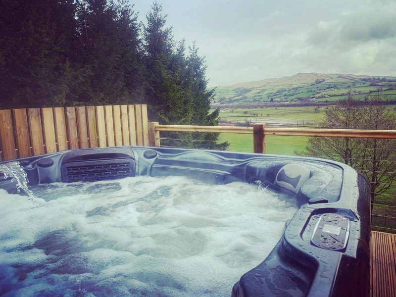 lodges with hot tubs Yorkshire Dales