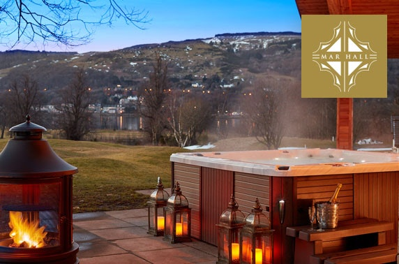 lodges with hot tubs near Glasgow, Scotland