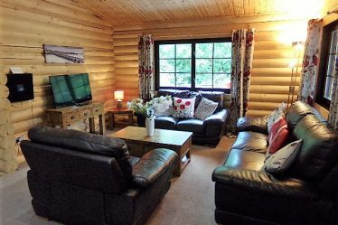 lodges with hot tubs near alnwick
