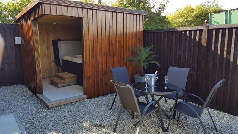 Lodges with Hot Tubs Durham
