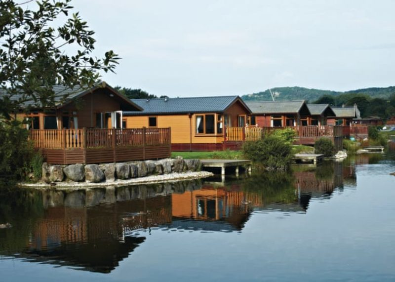 lodges with hot tubs lancashire