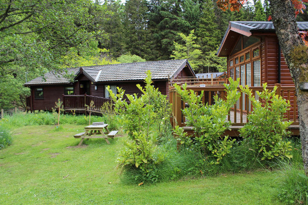 Best Lodges with Hot Tubs dog friendly