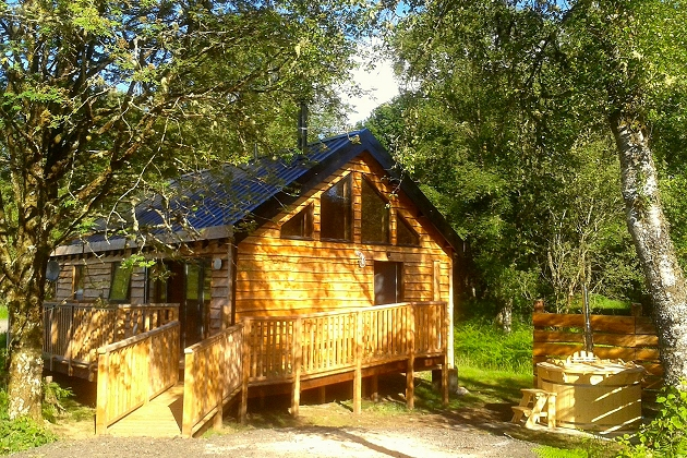 lodges with hot tubs oban