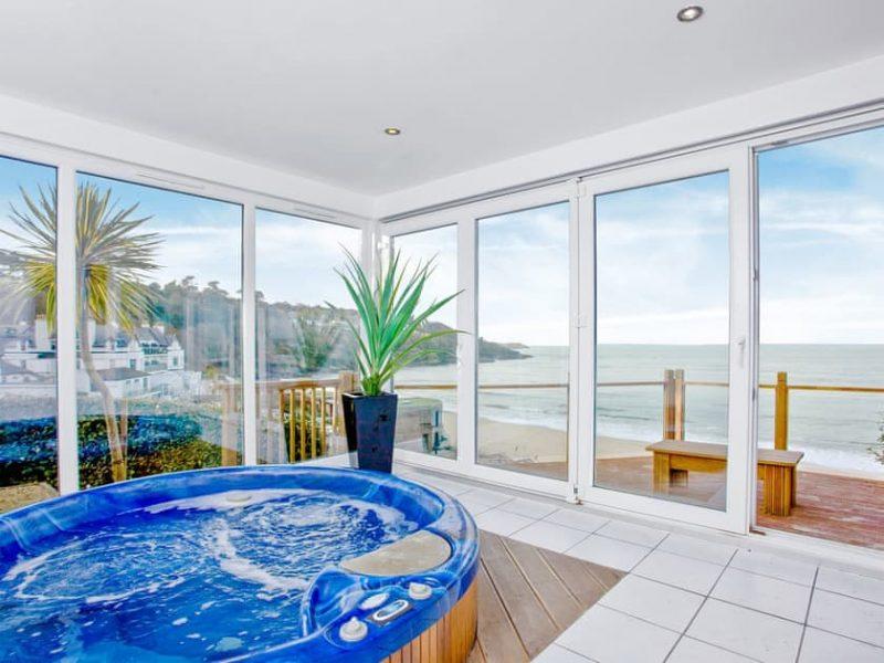 hot tub overlooking the sea