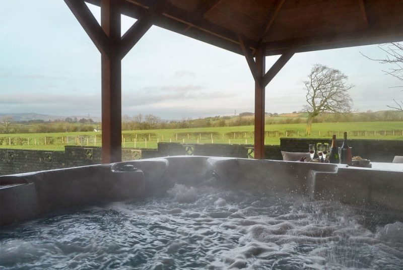 log cabins and lodges with hot tubs ayrshire