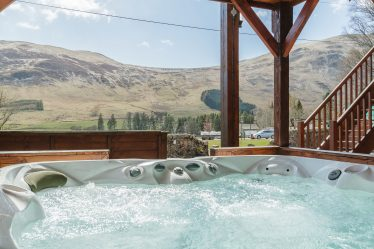 Lodges with Hot Tubs Dundee