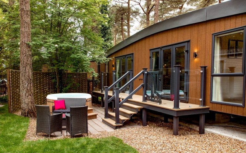 lodges with hot tubs in the new forest