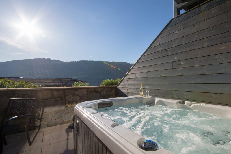 lodges with hot tubs loch tay