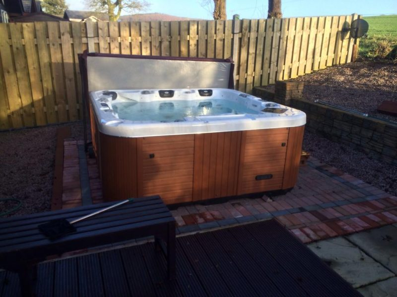 log cabins with hot tubs dumfries