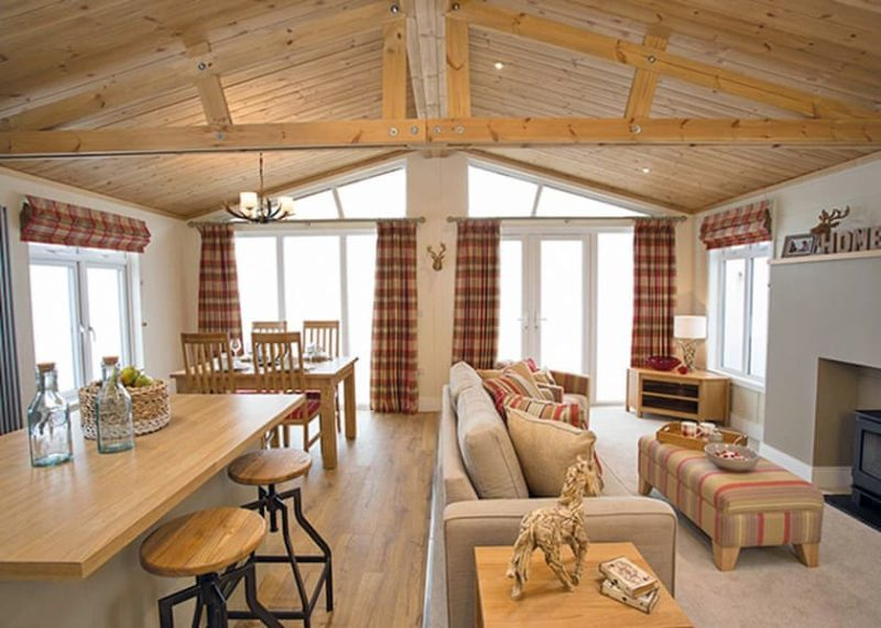 log cabins and lodges with hot tubs north west