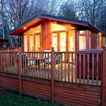 windermere log cabins and lodges with hot tubs